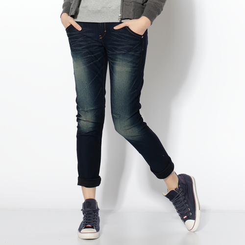 【SUPER SALE。零碼迦績990↘】【全新進化3D剪裁】Miss EDWIN JERSEYS 迦績圓織3D牛仔褲-女款 原藍磨【結帳輸入SS_20161209→現折100元】