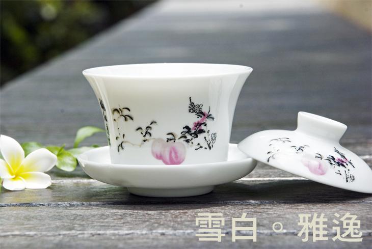 東方古典~雪白蟠桃茶碗