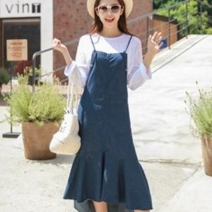 美麗大街【IR3545】甜美純色收腰不規則魚尾仿牛仔吊帶連衣裙