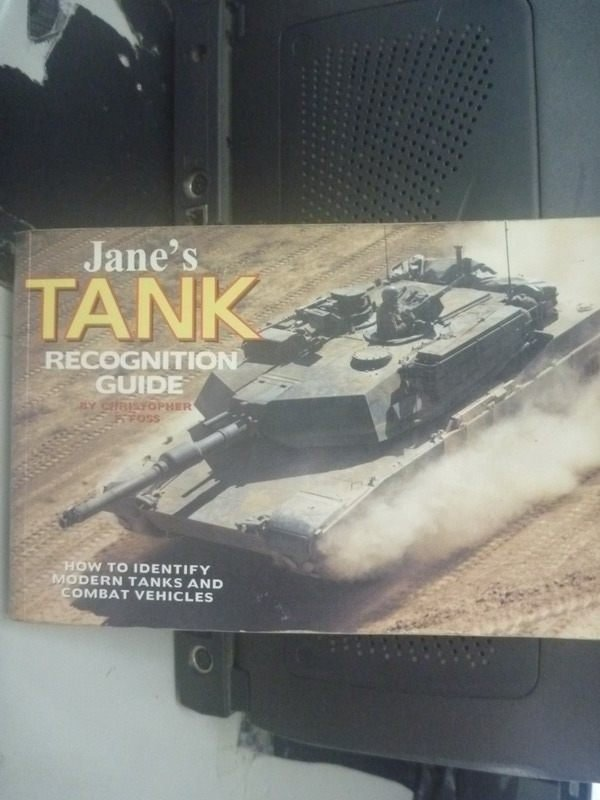 【書寶二手書T4/原文書_HAJ】Janes tank & combat vehicle