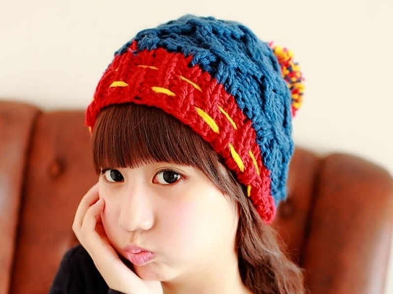 《316小舖》【滿100元-加購區-YB19】(新潮流百搭草莓球球保暖帽子-單件價 /草莓帽子/球球帽子/聖誕節帽子)