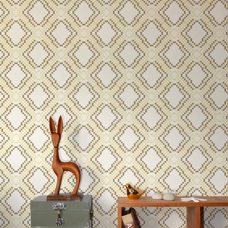 Aimee Wilder / DIORAMA Collection Ikat Pixel banana 壁紙 (訂貨單位71.1cm×9m/卷)