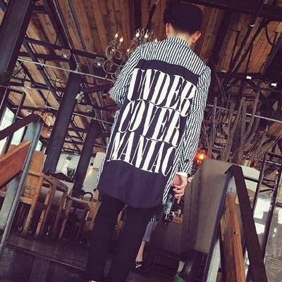 西裝外套 長版大衣-時尚潮流字母印花格紋男外套72p13【獨家進口】【米蘭精品】
