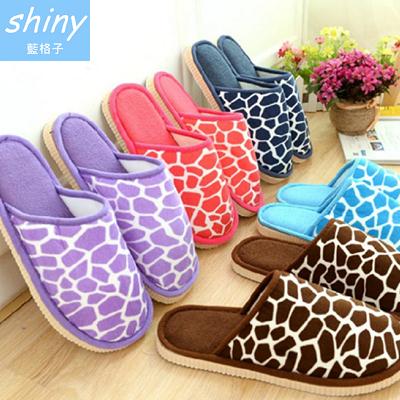 【X011】shiny藍格子-鮮豔色彩.冬季保暖石頭紋男女情侶居家室內絨棉拖鞋