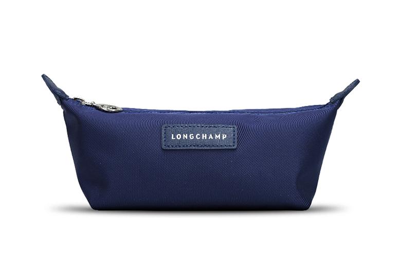 下單後再加300元臺蔽就送Longchamp女款厚款尼龍化妝1024壹個(註:顏色隨機發,每人限購壹個,單拍此商品不發貨。)滿6000免費送一個