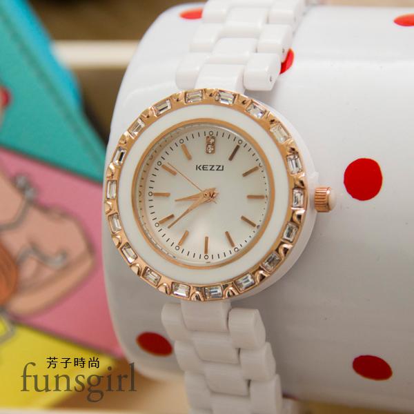 外框亮鑽白色陶瓷錶帶手錶腕錶~funsgirl芳子時尚【B230036】