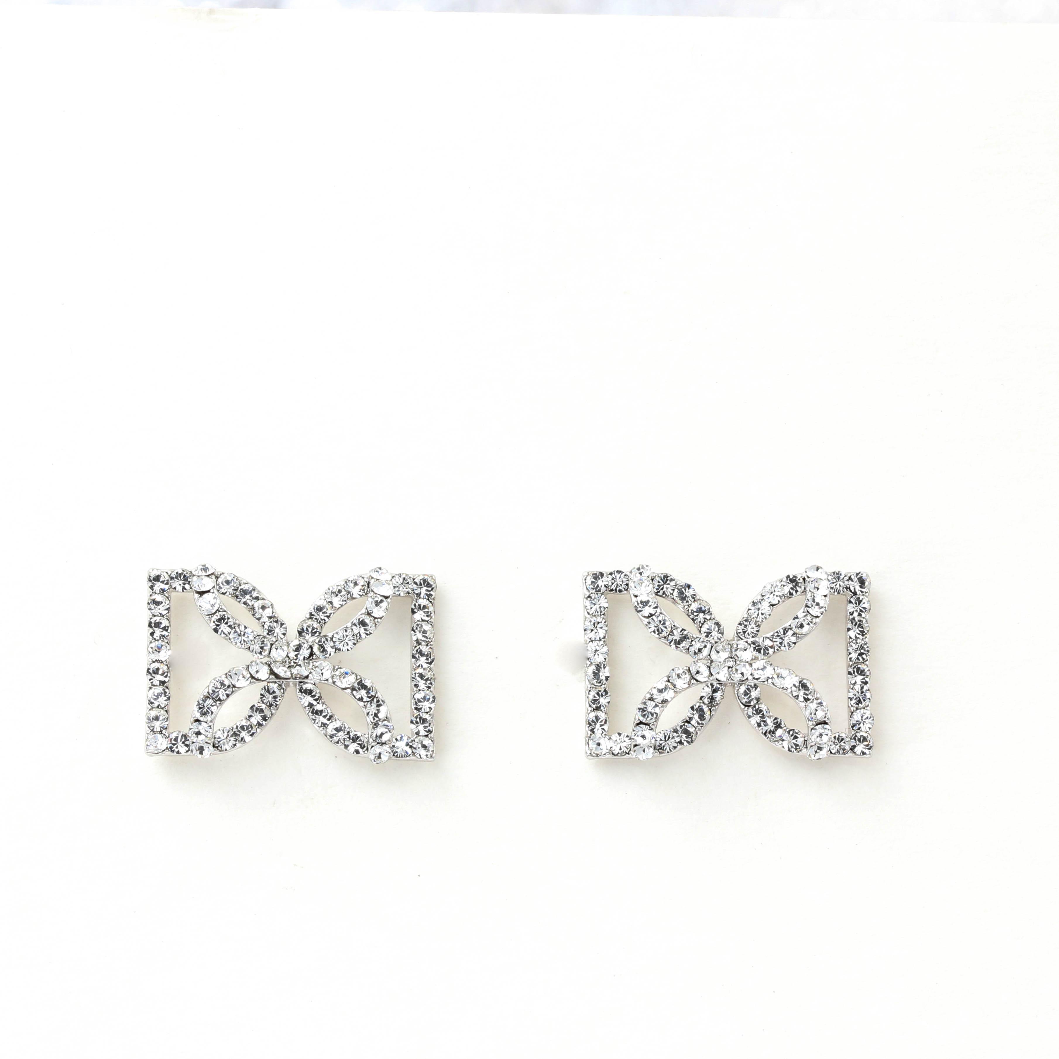 Beauitful Bow tie earring 蝴蝶結耳環