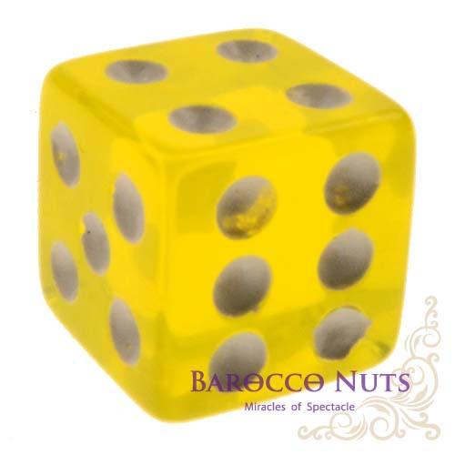 【Playwoods】[桌遊/博弈] 1.5CM黃色 正方形半透明骰子 (色子/骰盅/點數骰子/棋牌/麻將/桌遊/Bar/夜店/KTV/ token/指示物/裝飾品)