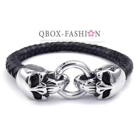 《 QBOX 》FASHION 飾品【W10023749】精緻個性骷髏頭編織皮革316L鈦鋼手鍊/手環