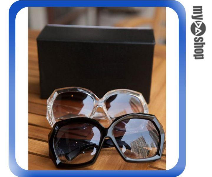 《DA量販店》歐美 時尚 復古 水晶版 百搭 大框 粗框 太陽眼鏡 墨鏡 黑色(V50-0167)