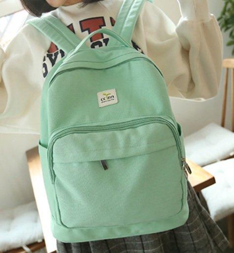 【葉子純色後背包】 韓版流行後背包 學院風旅行包 書包  -時尚玩包