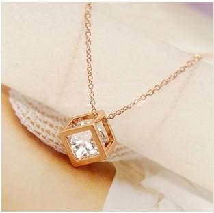 項鍊【心齋橋】韓版新款立體愛情八心八箭水晶鑽石方塊項鍊