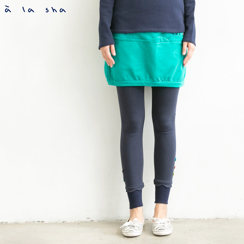 a la sha 阿財花花和鯨魚游泳短裙
