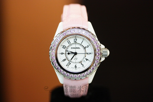 A6775 CHANEL 粉鑽框 33mm 白底 黑字 鱷魚皮 粉色 錶帶 J12