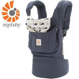 【淘氣寶寶】【總代理公司貨】美國 Ergo Baby ergobaby Carrier 爾哥寶寶揹帶/揹巾/背巾(原創款*鯨魚)【贈美國製醫療香草奶嘴3顆】