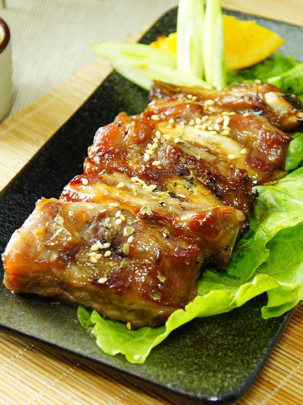 【金榮肉品】屏東東港 蜜汁豬肋排 - 230元(600克±5%/斤)