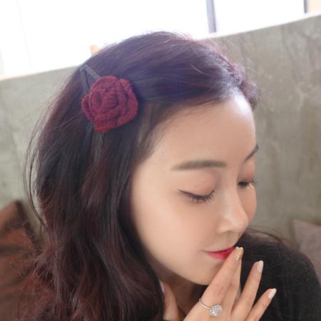 韓版 浪漫毛線針織玫瑰髮夾 鴨嘴夾 頭飾 髮飾 美髮小物【N201149】