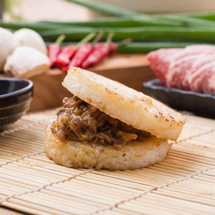 沙茶牛肉米漢堡。超人氣美食《米漢堡》【尚介香】