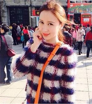 秋冬新款女裝 上衣 離婚律師焦艷艷姚晨同款 韓味撞色條紋毛衣(單色紅色)