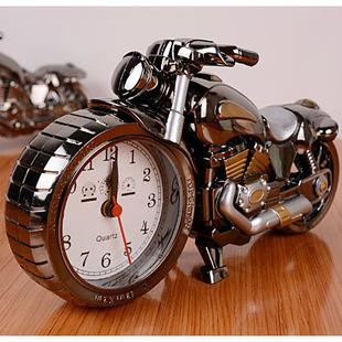 創意復古摩托車鬧鐘高貴家飾歐式鬧鐘 十天預購