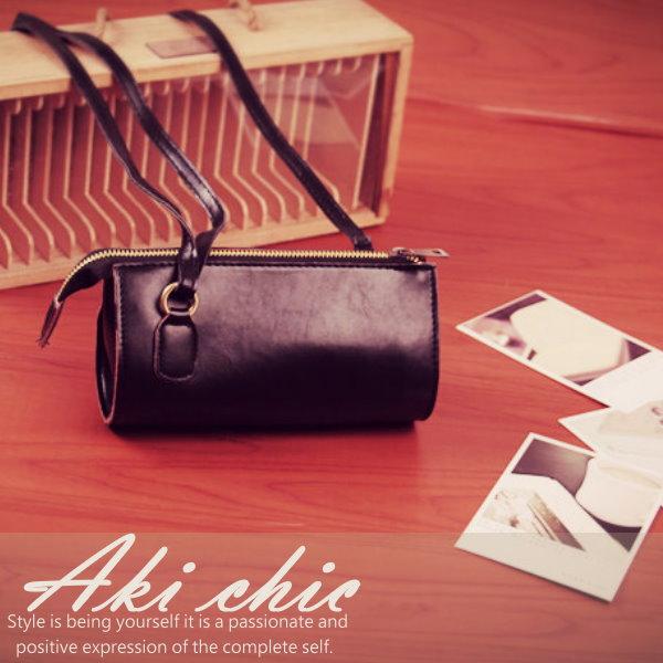 AKI CHIC【b431】韓款街頭時尚黑色拉鏈pu皮側肩斜背圓筒包
