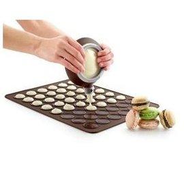 【烤盤-矽膠-馬卡龍-大號】馬卡龍專用矽膠烤盤墊 有48個圓模(大圈徑3.8小圈徑2.3cm) 可做矽膠墊(39*29*0.3cm)-8001001