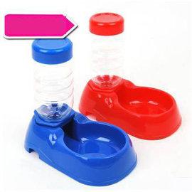 【自動喂水器-座式-塑膠-260ml-1個/組】狗狗座式飲水器 自動出水寵物貓咪水碗  顏色隨機,水瓶可裝260ml,1個/組-79011