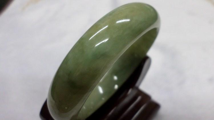 【翡翠淘寶坊】手環.玉鐲w2023/三彩18圍  寬12mm