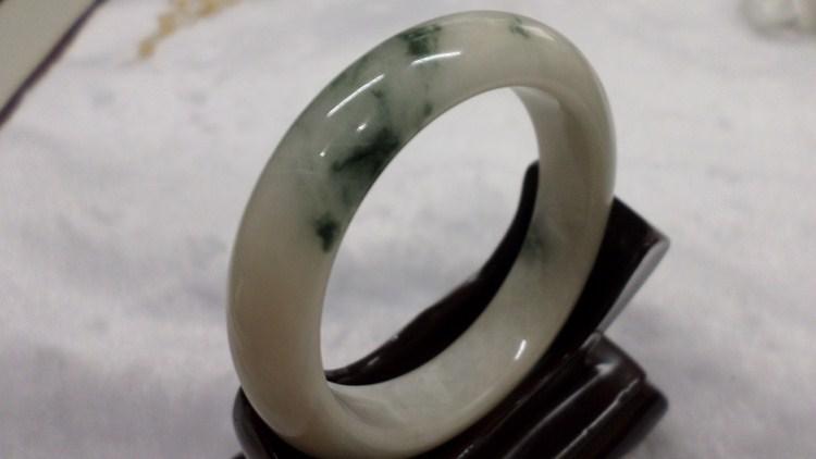 【翡翠淘寶坊】手環.玉鐲w2051/水沫玉  16圍  寬10mm