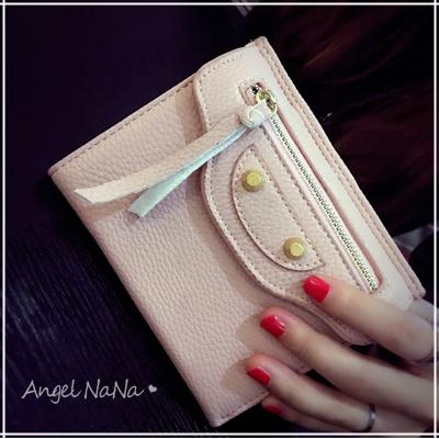 AngelNaNa 歐美風短夾。 機車 大牌 鉚釘 三折 女皮夾 零錢包【M160】