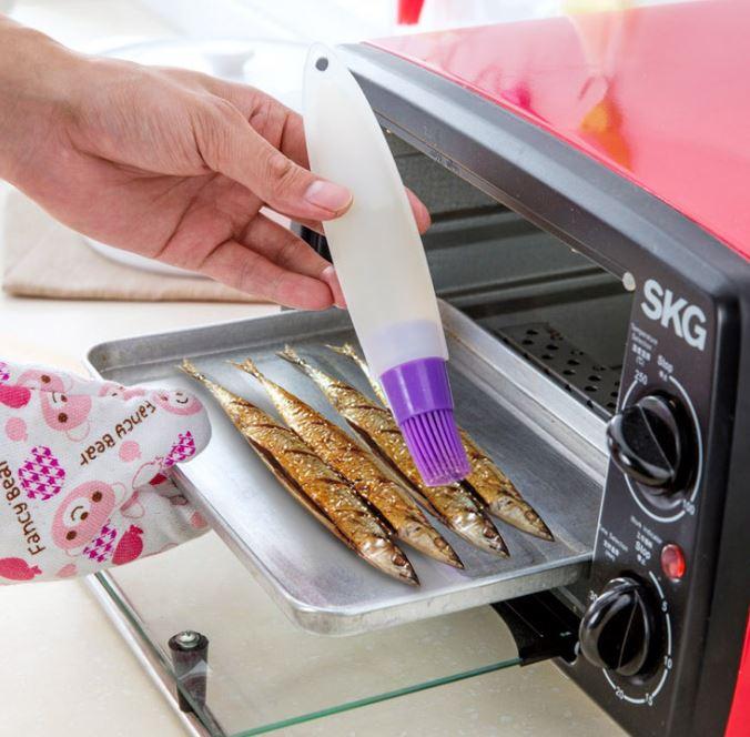 軟管擠壓矽膠油刷燒烤刷  49元