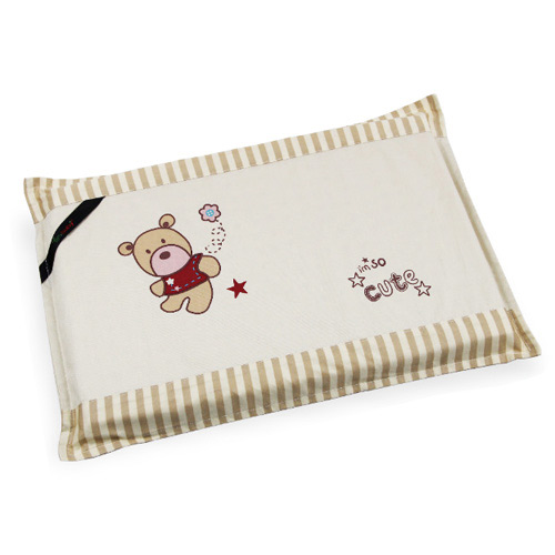 【奇買親子購物網】YIP-baby KUMA 3M (1)乳膠趴枕(雙布套)