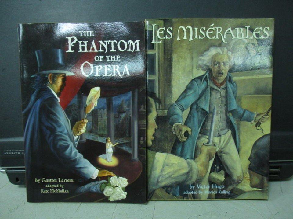 【書寶二手書T9/原文小說_MOW】The Phantom...Opera_Les Miserables_2本合售