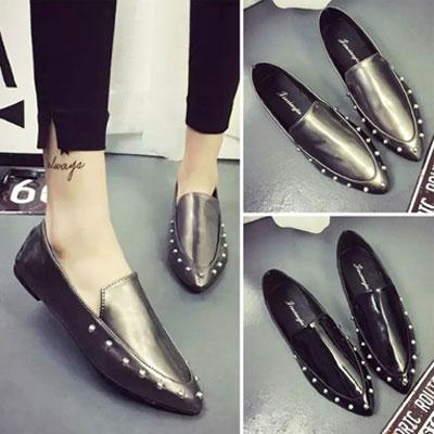 平底鞋 明星最愛質感鉚釘尖頭平底鞋【S1500】☆雙兒網☆