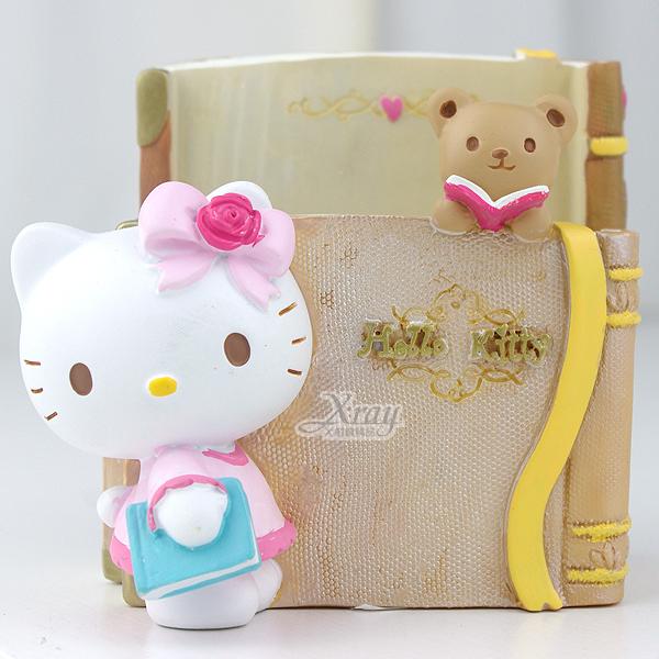 X射線【C030584】Kitty閱讀筆筒置物座,卡通/裝飾/擺飾/送禮/辦公用品/畢業禮物/家庭雜貨/婚禮小物