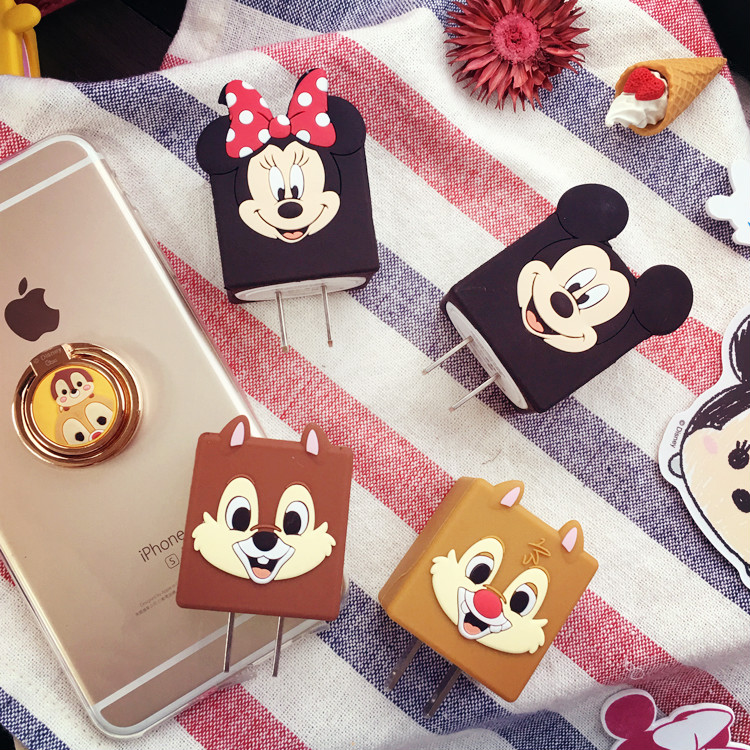 PGS7 (現貨+預購)  迪士尼系列商品 - 迪士尼 USB 充電器 充電座 手機 iPhone 白豆腐 插座轉接