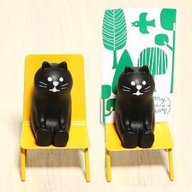 日本Decole名片座-黃椅小貓「缺貨待補貨」