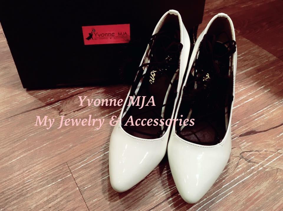 Yvonne MJA日本代購品牌綁帶毛球甜美高跟鞋(現貨+追加)(好穿耐穿不咬腳喔)