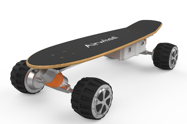 Airwheel M3原楓木滑板車、四輪電動平衡車、體感車!隨攜隨行,智能輕巧【附贈遙控器,可遙控;可更換式殼版】