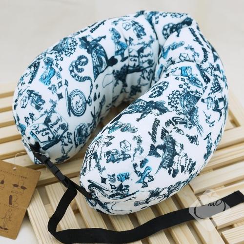 【日本】愛麗絲長型可扣式頸枕/靠枕/旅行枕/午睡枕╭。☆║.Omo Omo go物趣.║☆。╮