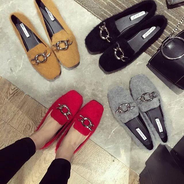 韓國水貂絨毛毛套腳黑紅黃灰色女鞋金屬鍊條高雅裝飾低筒平底鞋方頭豆豆鞋平跟休閒毛毛平底復古便鞋樂福鞋