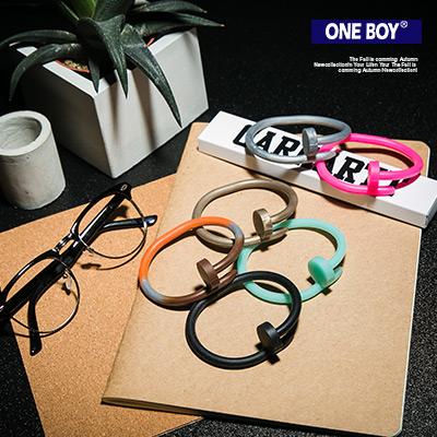 『 One Boy 』【N4568】百搭玩味多色系大小釘造型矽膠手環