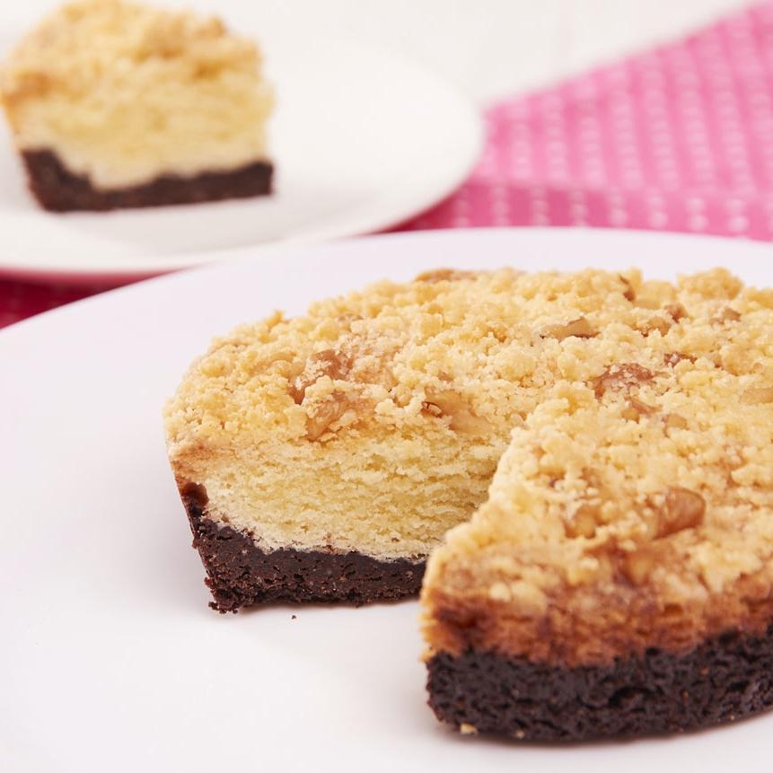 【旅人蛋糕】五吋榛果匈牙利康布拉蛋糕,多層次口感,第一層酥脆榛果,第二層鬆軟匈牙利蛋糕體,第三層濃郁75%苦甜巧克力蛋糕體