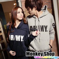 《Monkey Shop》【C22002】韓版ARMY老鷹盾牌文字潮流刷毛情侶連帽T恤-3色