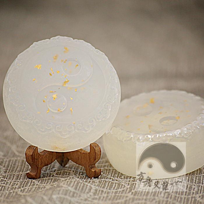 設計專利太極五行金箔琉璃皂【金】-白色