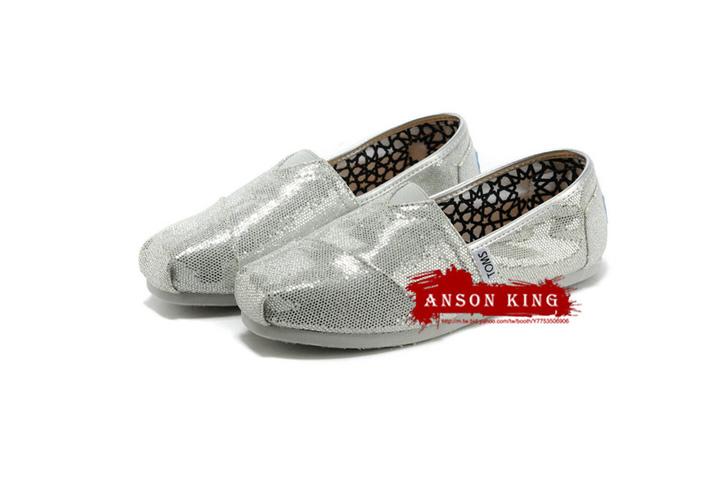 [女款] 國外代購TOMS 帆布鞋/懶人鞋/休閒鞋/至尊鞋 亮片系列  銀色