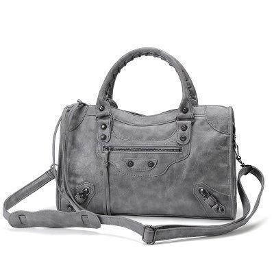 (預購)高質感時尚韓國流蘇機車包 手提包 單肩包 側背包超多顏色~ (中號尺寸)