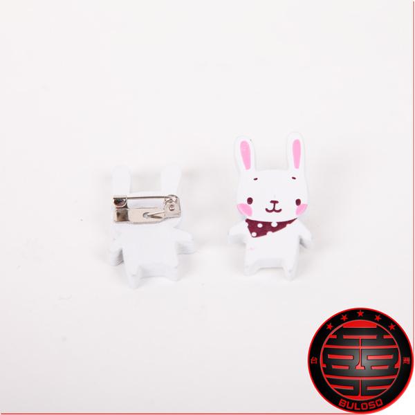 《不囉唆》一套2入 3款2入白色動物別針 安全/寶貝/大頭針/手帕/兔子/熊/狗(不挑色/款)【A201704】