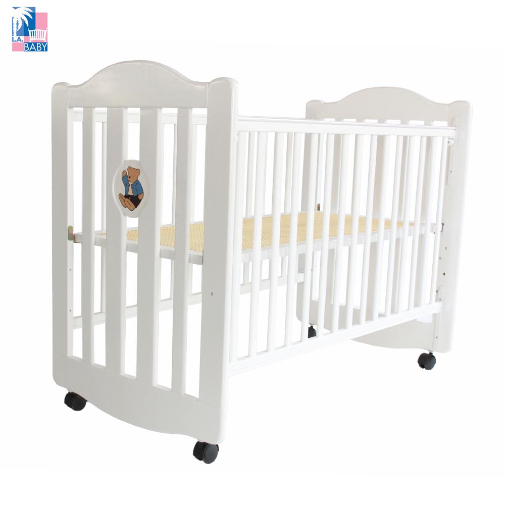 美國 L.A. Baby 凱麗熊搖擺中小嬰兒床 原木床 童床 白色