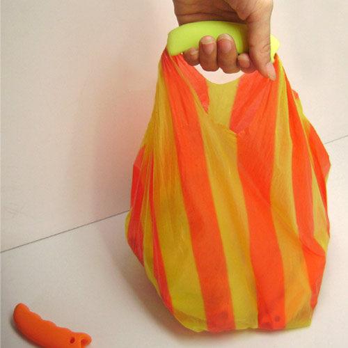 PS Mall╭*袋用矽膠提手提菜器 拎袋器 方便買菜提菜【J2117】